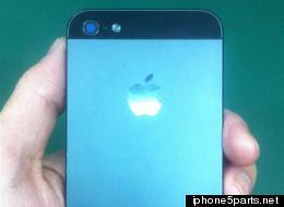 Les dernières rumeurs concernant l'iPhone 5S d'Apple et le Galaxy S4 de Samsung.