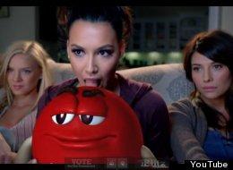 Naya Rivera, una de las caras conocidas de Glee, la serie de televisión, en un comercial del Super Bowl.